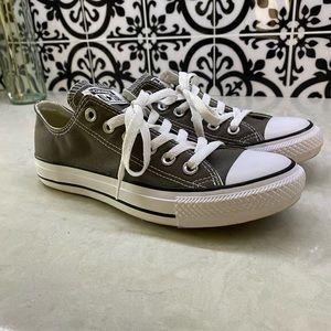 Gray converse sneaker